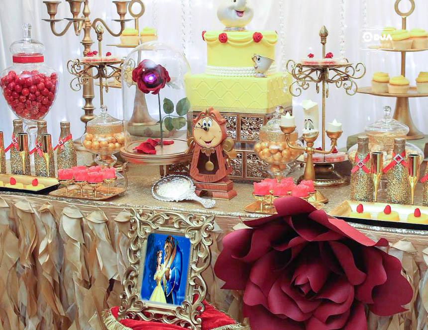 Matrimonio Tema Bella E La Bestia : Festa tema la bella e bestia con allestimenti musica